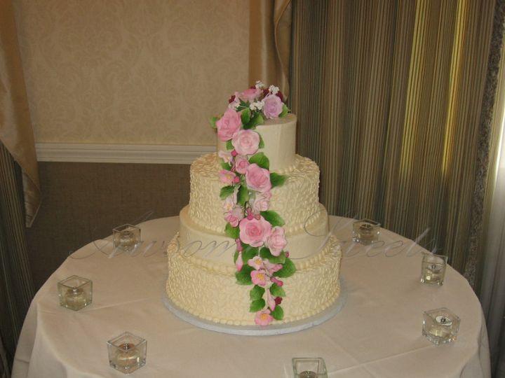 Tmx 1393440318124 Wed023 Pawtucket, RI wedding cake