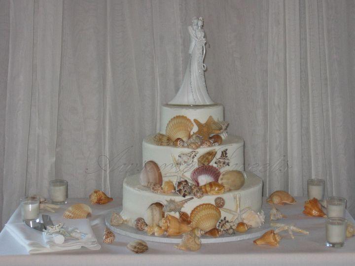 Tmx 1393440336098 Wed024 Pawtucket, RI wedding cake