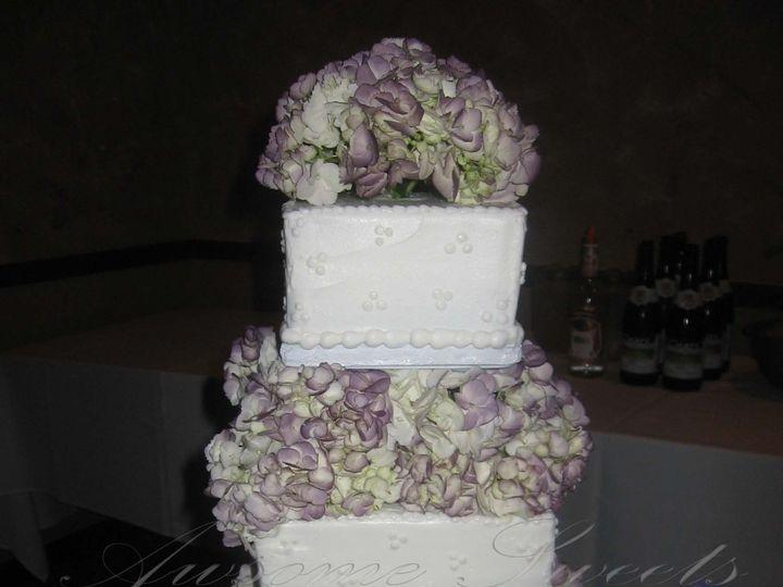 Tmx 1393443626210 Wed003 Pawtucket, RI wedding cake