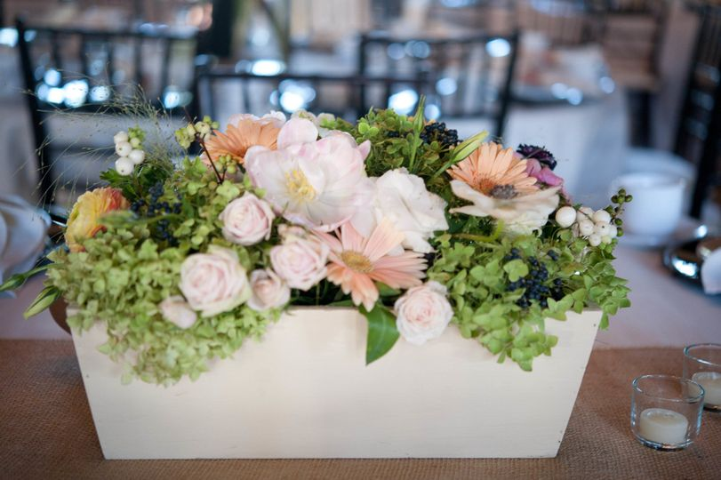 Acanthus Floral Art Flowers Minneapolis Mn Weddingwire