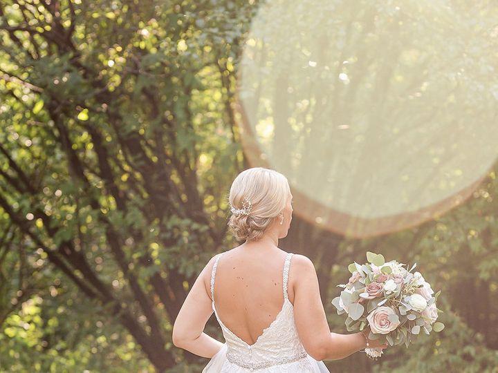 Tmx Bridegroom101 51 1974327 159950859840554 Brookfield, WI wedding beauty