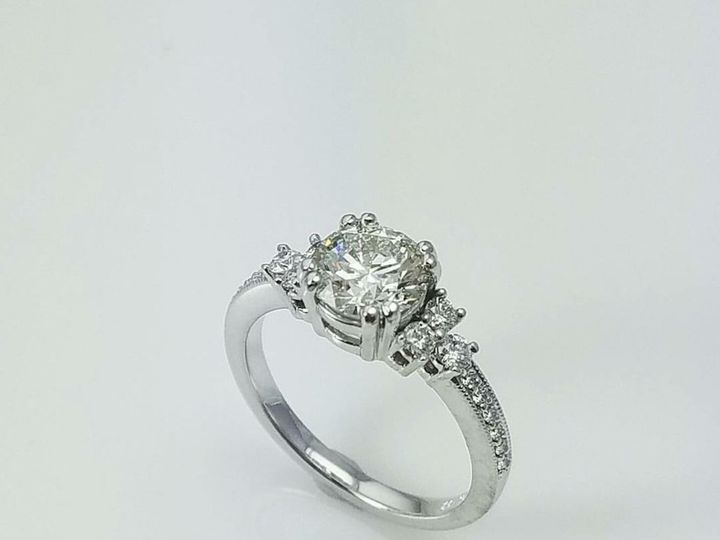 Tmx 1516919773 783d8860f2f620b4 1516919771 08d998323c42b939 1516919769900 4 Scheresrjewelerscu Buffalo, NY wedding jewelry