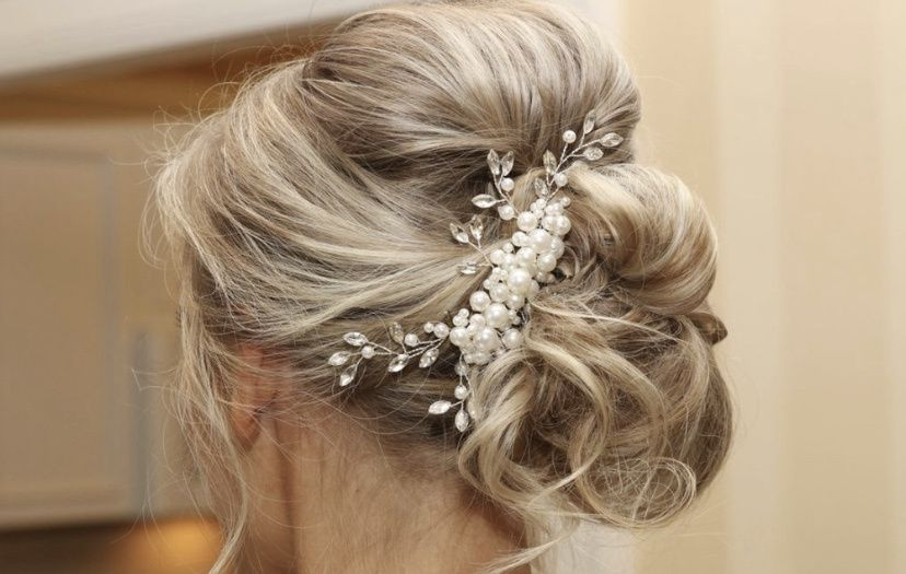 Gorgeous effortless updo