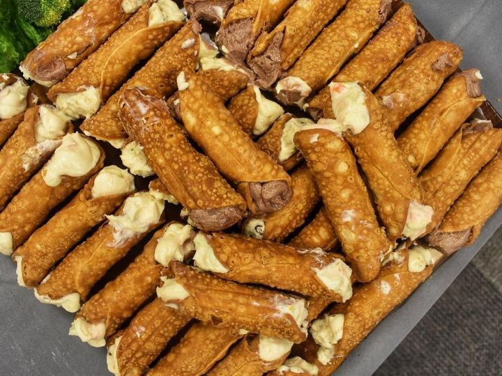 Tmx Cannolis 51 1117327 158215203716113 Mentor, OH wedding catering