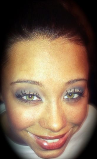 Neutral smokey eye with false lashes for event out!
