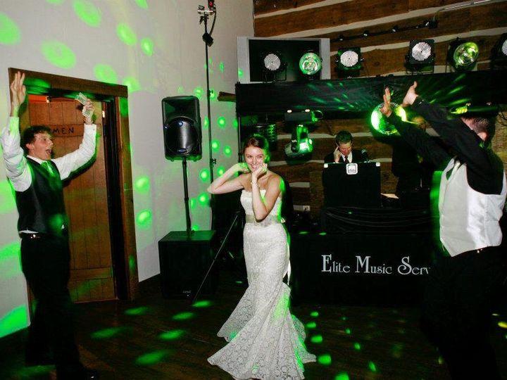 Tmx 1357160070413 30140810150427746845726158415935725105014301066961486n Green Bay wedding dj