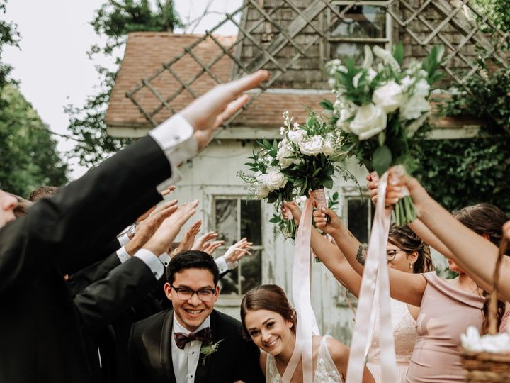 Tmx 70818399 2201754049935076 6249118643347521536 O 51 25427 158221651412982 Calverton, NY wedding venue