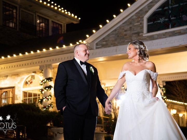Tmx 80712129 2514102652021399 7727049089270939648 O 51 25427 158221651740088 Calverton, NY wedding venue