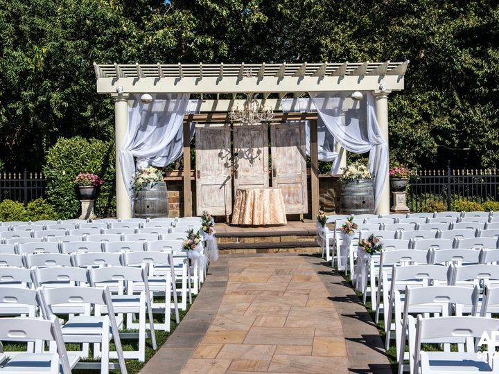 Tmx Ts1 0733 51 25427 158221656320412 Calverton, NY wedding venue