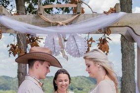 I Thee Wedd Tn, Wedding Officiant Ana Hill