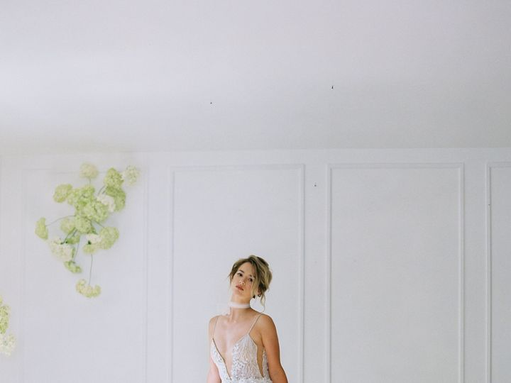 Tmx Du Soleil Photographie Hortensia Reverie Wedding Editorial 92 51 16427 161185258928023 Jenkintown, Pennsylvania wedding dress