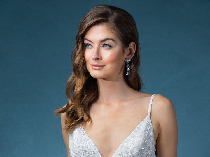 Tmx Enaura Naomi Close Up 51 16427 161185263274574 Jenkintown, Pennsylvania wedding dress