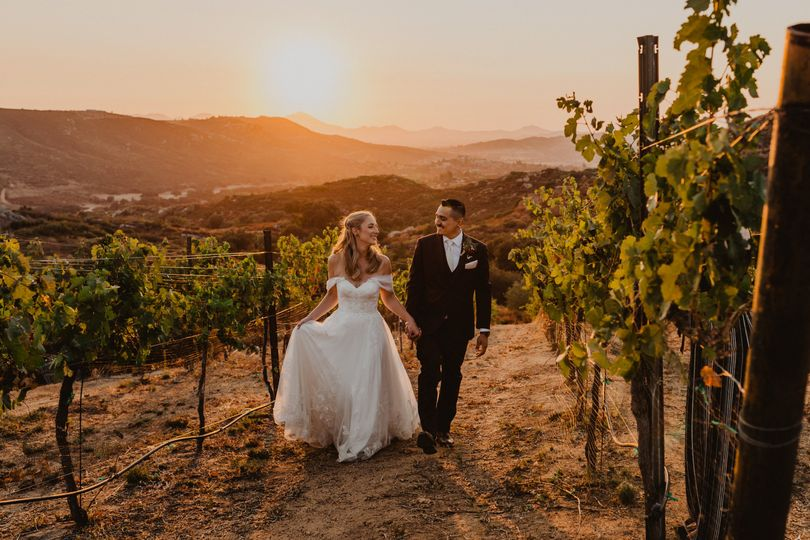 milagro winery wedding lexy and raul samantha phillips photography 403 51 1066427 160997000461690