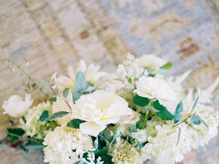 Tmx 1515467309 Bebacad935357fe6 1515467306 57072bf58f2d1ddf 1515467293244 8 01 Delaplane wedding florist