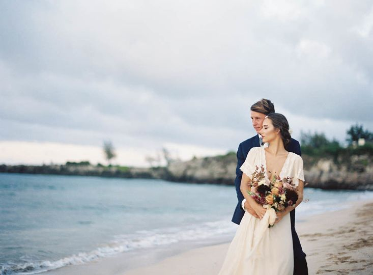 Newlyweds at the beach | Dimitri and Sandra Photography