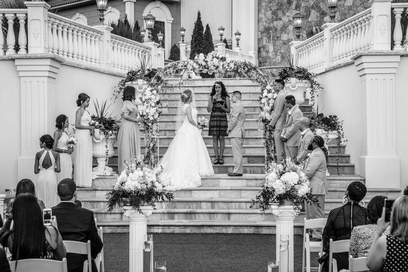 wedding j 7 51 1011527 v3