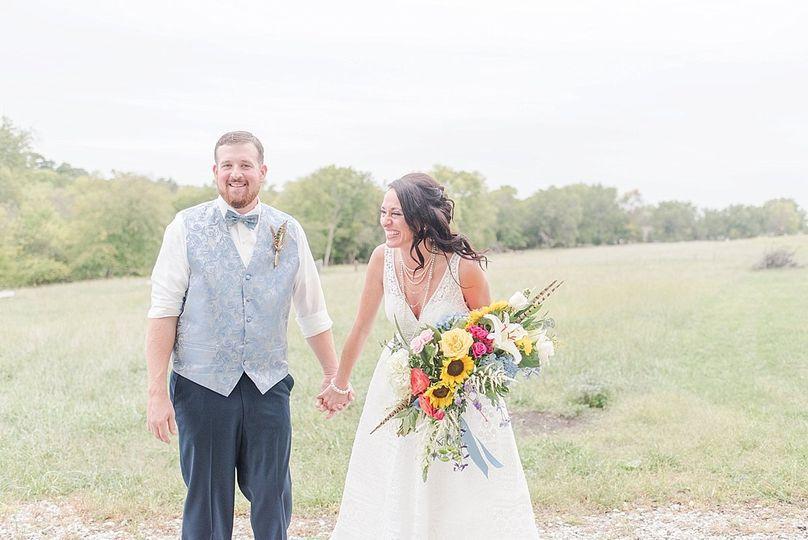 aaron tori whimsical sunflower wedding at the barn at kill creek farm 0052 51 771527