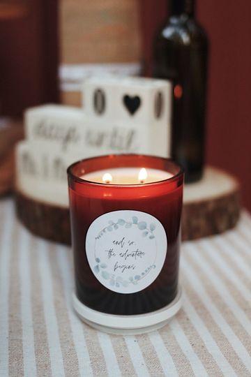 Custom candle label