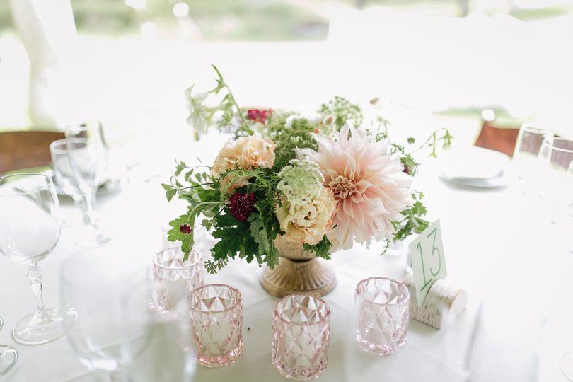 Floral centerpiece | [photo: The Light + Color]