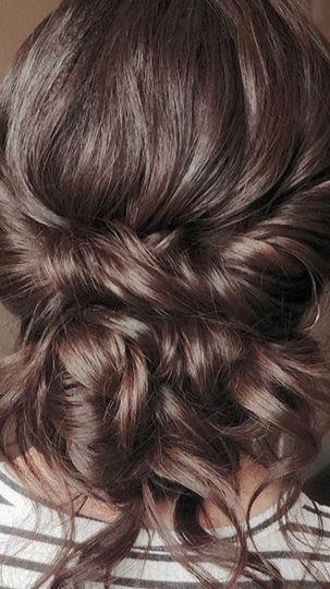 HAIR&MAKEUP BY KRISTINA