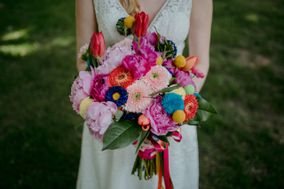 Colorfully Yours Weddings & Events
