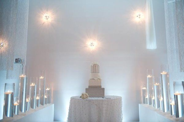 White Crystal Bridal cake