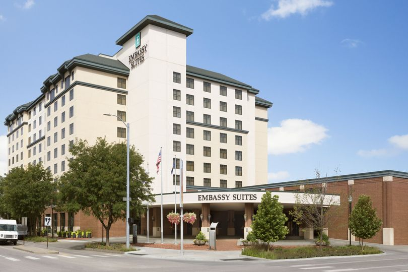 9a63a99d11e971f0 Embassy Suites by Hilton Lincoln Exterior 1160471