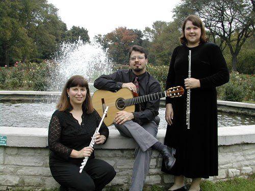 Flute cocktail musicians