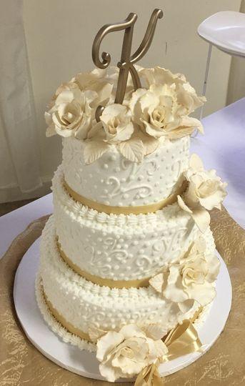 Golden cake topper