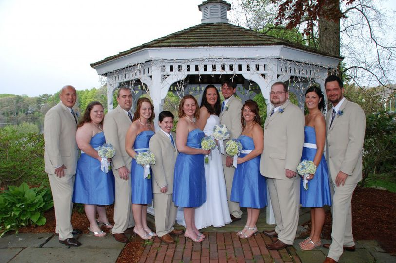 Bridal attendants