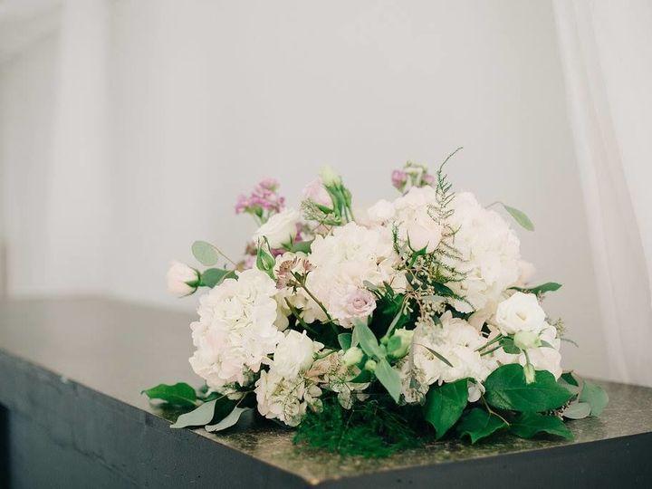 Tmx 1515705200 8a0e01c72b860e56 1515705198 069d96d1c550f5d8 1515705194359 6 25299877 102112944 Chattanooga, TN wedding florist