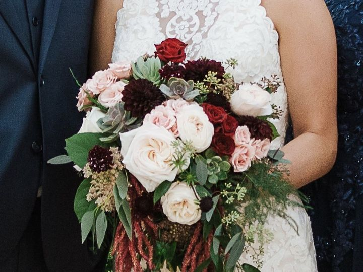 Tmx 1515705204 8f9b2d694adfcfb8 1515705202 1c32345137862c0f 1515705194382 17 Fullsizeoutput 5b Chattanooga, TN wedding florist