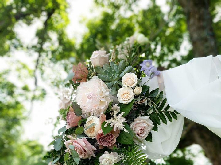 Tmx 1515705211 42dc1077662952bf 1515705207 6a1ff919ad7b6bc7 1515705194392 29 IMG 20170611 1451 Chattanooga, TN wedding florist