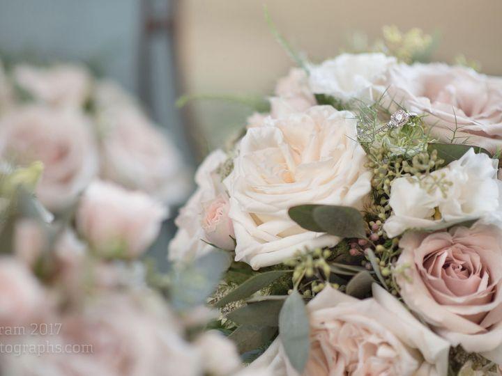 Tmx 1515705254 D0d0ea9c90dd717f 1515705198 27ab7c6598b5196b 1515705194361 8 Fullsizeoutput 677 Chattanooga, TN wedding florist