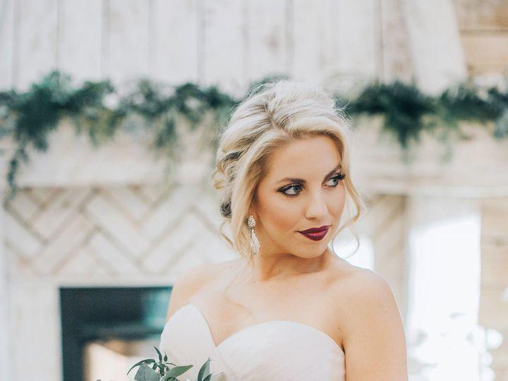 Tmx 1515708203 726da5eebfd4d26f 1515708200 Cae9b0afa09ad67b 1515708200126 7 A42A7212 Chattanooga, TN wedding florist
