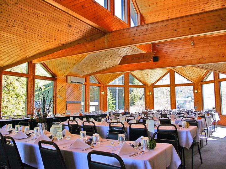 Tmx Chaletsnowflake3 51 1289527 159162858449368 Welch, MN wedding venue