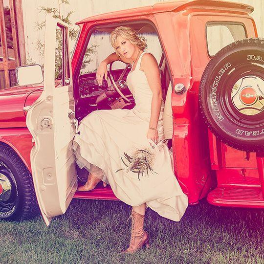 vintage rustic truck bride contemporary wedding