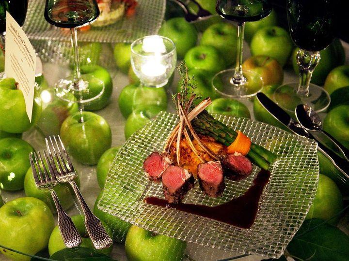 Tmx Lamb Chop On Apple Table Oh 2009 51 40627 1564607610 Elkridge, MD wedding catering