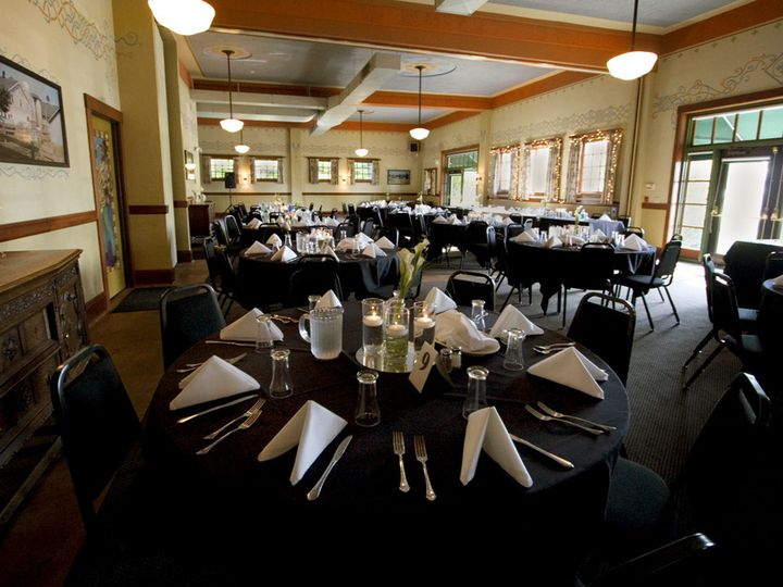 Tmx 1383863556113 Bbh Plated Meal 2  Troutdale wedding venue