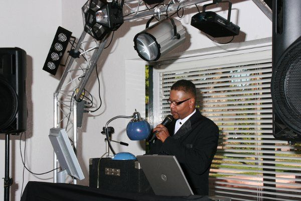 San Diego Wedding DJ Wedding Style DJ Entertainment