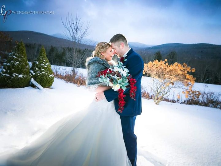Tmx Kelsey Brent 12 7 19 Wilton Brothers Photography 51 106627 158093741049164 Lincoln, NH wedding venue