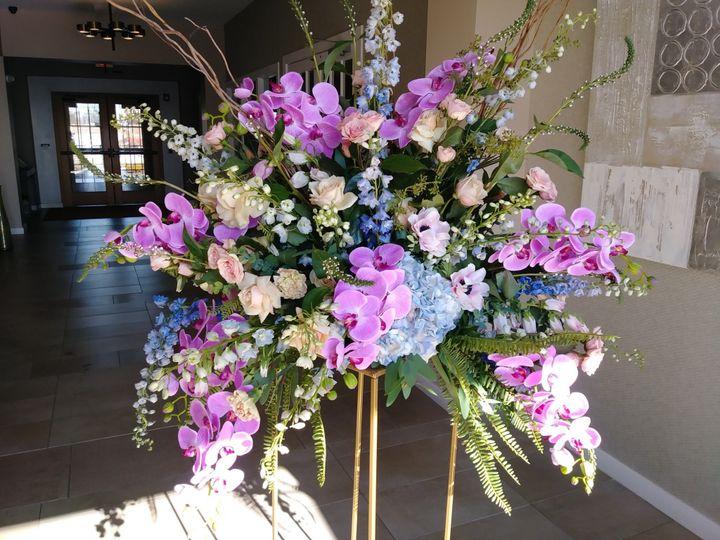 Tmx Wedding Wire Pic 51 1048627 158164457923022 Pottstown, PA wedding florist