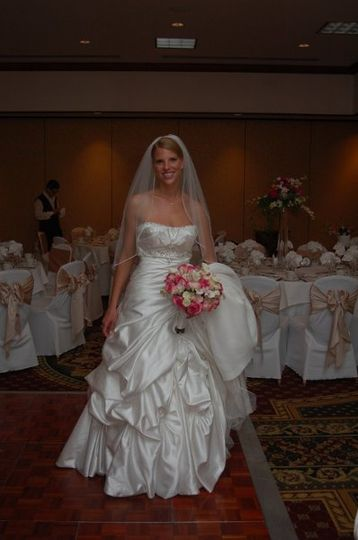 Summer Bride at Algouers in Northbrook, il