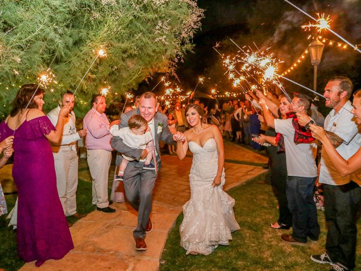 Tmx W2 Nancyjames 297 51 169627 V1 Corona wedding photography