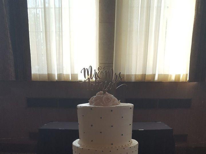 Tmx 1536272591 F7b1c6d50e901539 1536272586 1c8038484c911943 1536272582995 4 20170708 162441 Wixom, MI wedding cake