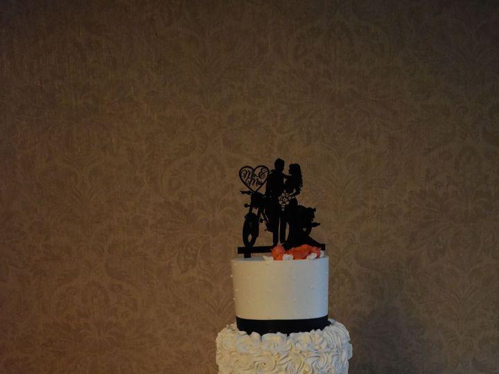 Tmx 1536272597 1a4aeed781a73250 1536272595 54cc0001feb23cfb 1536272583000 18 DSC 0638 Wixom, MI wedding cake
