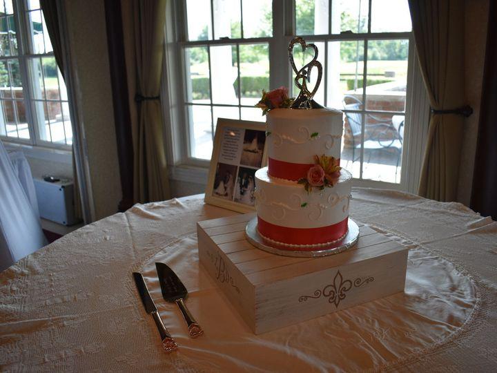 Tmx 1536272597 3a4077c357325dbc 1536272595 Ee584c88fcb69d2c 1536272583001 19 DSC 0644 Wixom, MI wedding cake