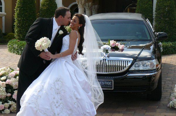 Bride and Groom photos woth Limousine