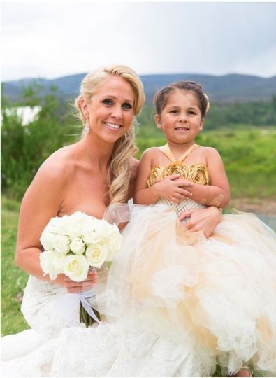 Bride with flower girl - Wise Artistry