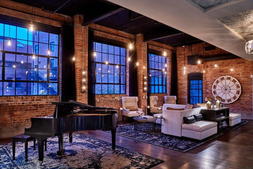Workshop Lounge Grand Piano